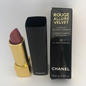 CHANEL LIPSTICK. Rouge Allure Velvet. 53 NWT